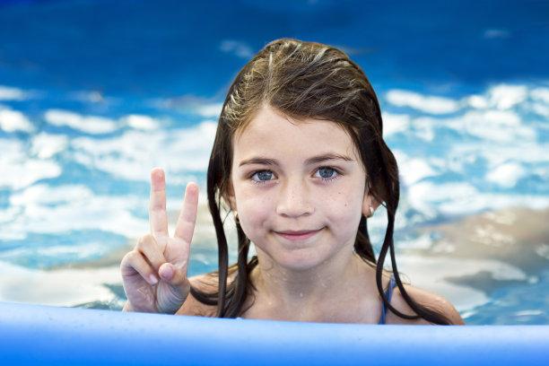留白,游泳池,小的,可爱的,女孩,水,美,青少年,休闲活动,水平画幅