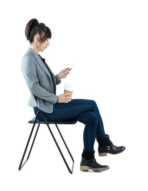 椅子,女商人,垂直画幅,留白,座位,仅成年人,靴子,专业人员,公司企业,中年人
