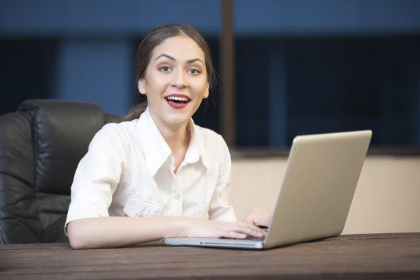 办公室,电子邮件,仅成年人,青年人,专业人员,信心,技术,计算机,公司企业