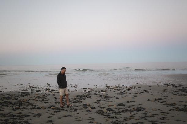 夜晚,海滩,美国,中老年人,缅因州,鬃毛,水,天空,水平画幅,沙子
