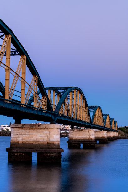 铁路桥,波尔蒂芒,垂直画幅,水,天空,夜晚,旅行者,户外,金属,葡萄牙