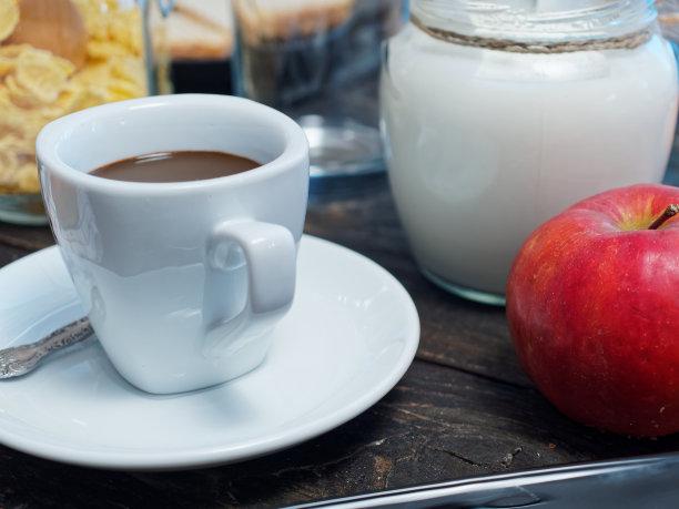 早餐,自制的,欧洲,时尚,奶制品,什锦烤燕麦片,水平画幅,无人,桃,早晨