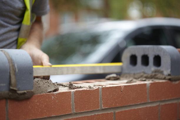 围墙,水,水泥,研磨器,家庭生活,线绳,复杂,男性,居住区,建筑业