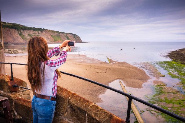 旅行者,英国,罗宾汉湾,女性,水,天空,留白,高视角,沙子,英格兰