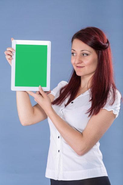 女人,平板电脑,拿着,看,垂直画幅,留白,灵感,符号,电子记事本,仅成年人