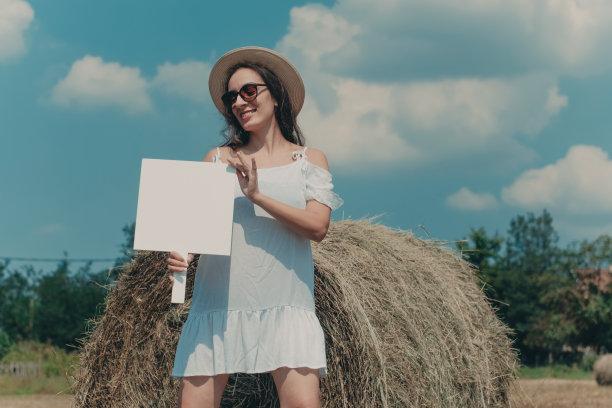 女人,空白的,纸,自然美,现代,贺卡,留白,文档,仅成年人,青年人