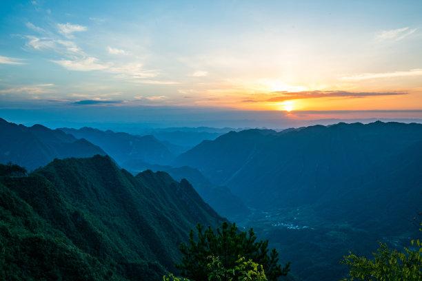 山,自然,天空,水平画幅,云,地形,无人,早晨,黄昏,户外