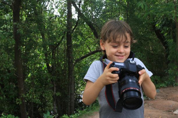 小的拍照师图片