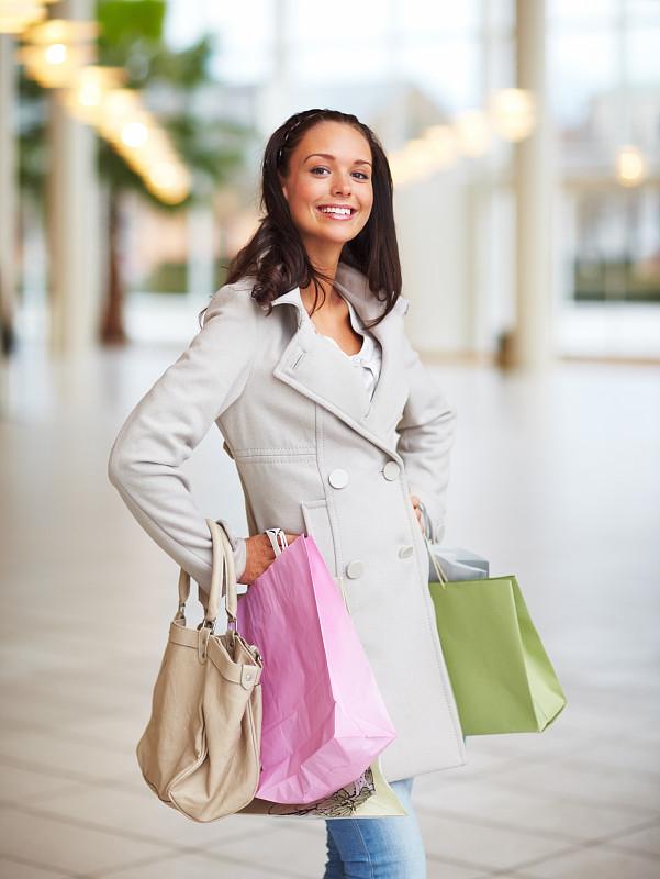 购物袋,儿童,注视镜头,智慧,垂直画幅,美,女人,快乐,美人