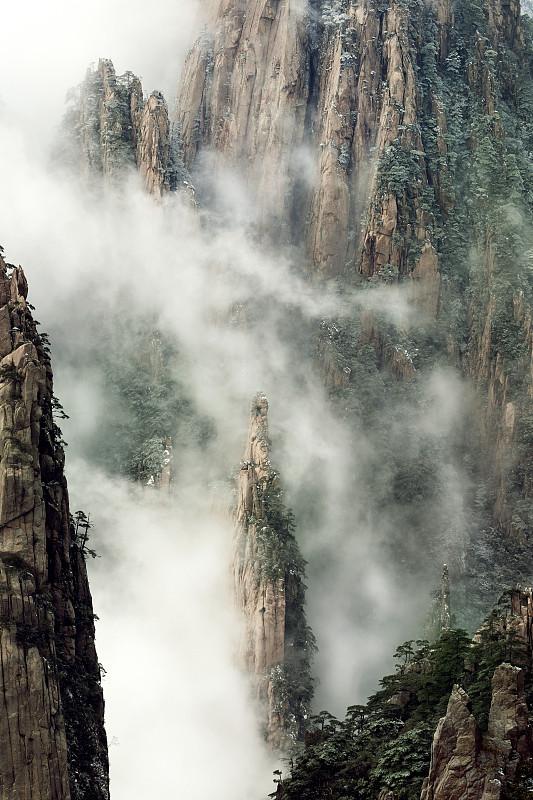 自然美,黄山山脉,安徽省,自然,垂直画幅,留白,松树,地形,岩石,地质学