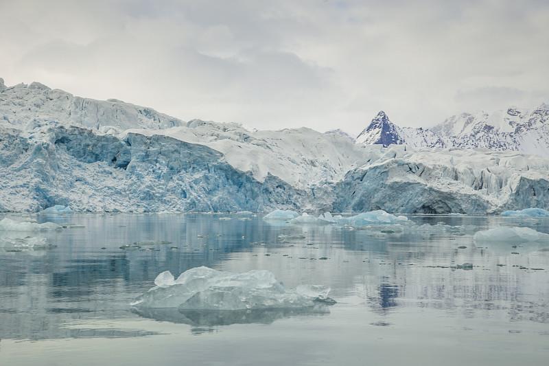 斯瓦尔巴德群岛,冰河,冰,北极,北冰洋,斯匹兹卑尔根,斯瓦尔巴特群岛和扬马延岛,北极点,水,水平画幅