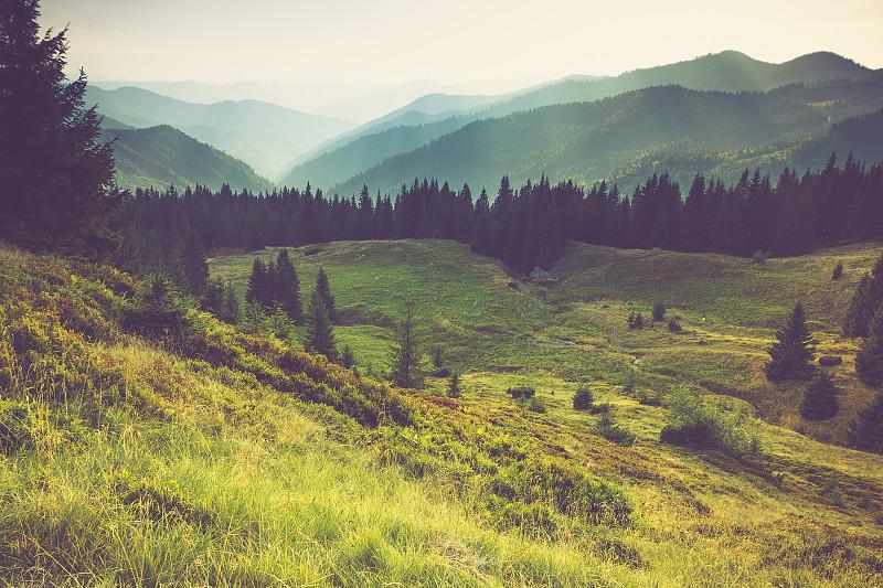 山,夏天,雾,地形,水平画幅,古典式,户外,偏远地区,极端地形,背包族