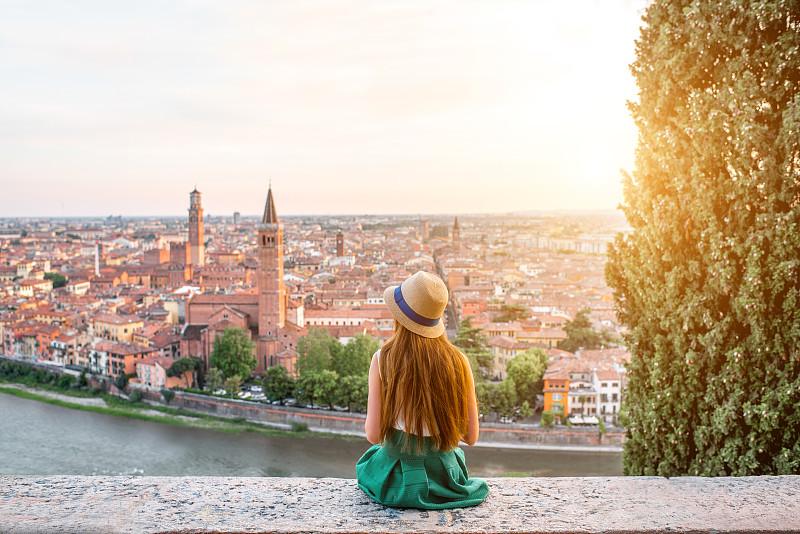 维罗纳,都市风景,城市,女人,自然美,罗密欧,朱丽叶凯普莱特,旅行者,意大利,阿迪杰河