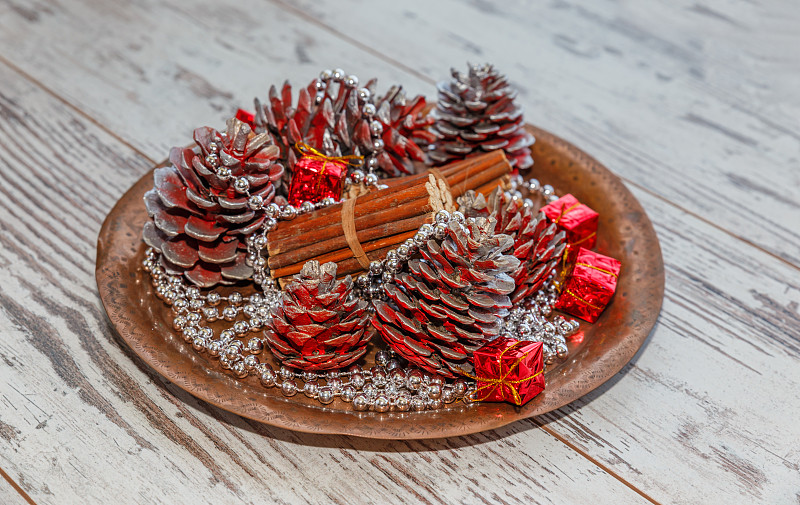 圆锥,圣诞装饰,水平画幅,银色,无人,特写,明亮,新年,新年前夕