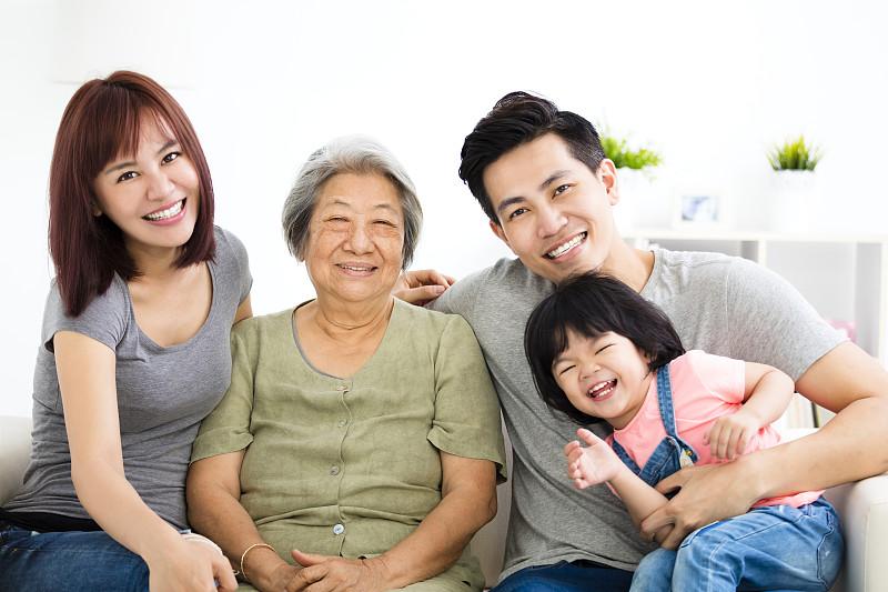父母,幸福,祖母,女孩,家庭,亚洲人,少量人群,孙女,半身像,成年的