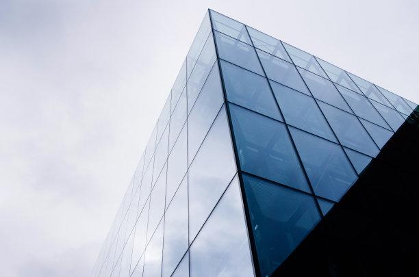 现代玻璃幕墙建筑