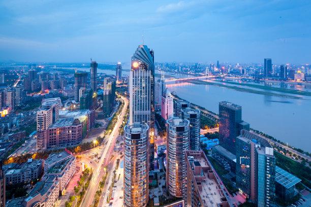 城市水平画幅建筑
