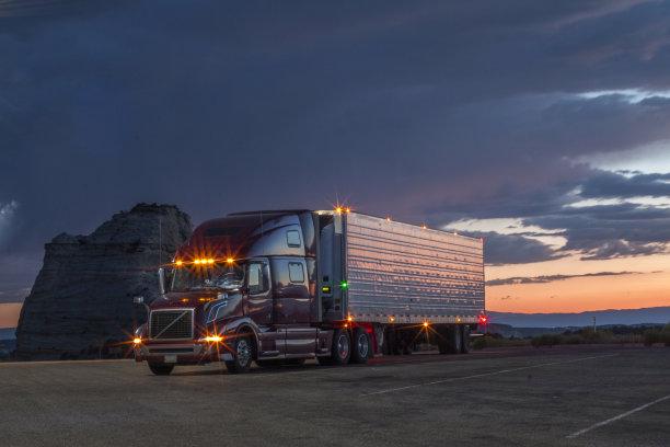 皮卡车货车司机半挂式卡车