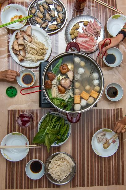 家庭清汤火锅
