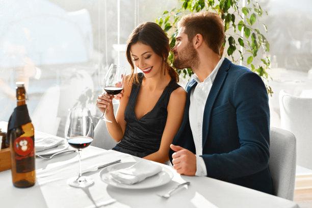 浪漫晚餐情人节