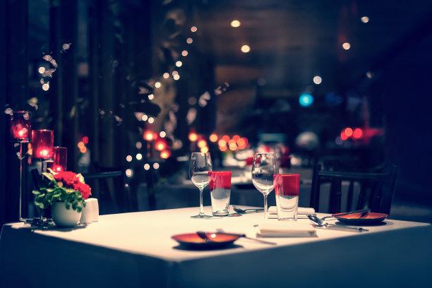 晚餐顺序浪漫