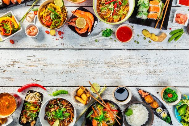 桌子东方食品上菜