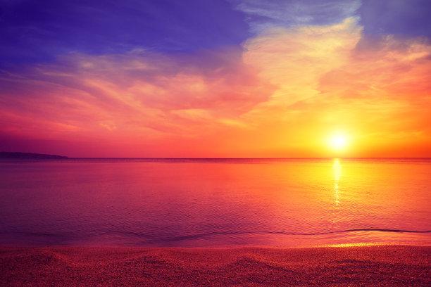 早晨海滩水