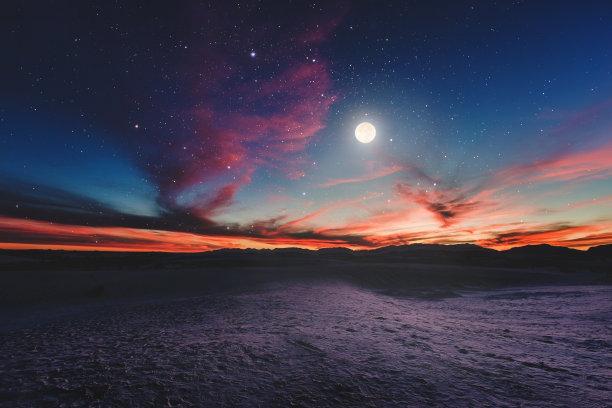 镜头下的月亮