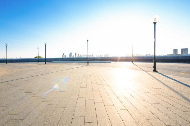 哈尔滨空的阳光光束