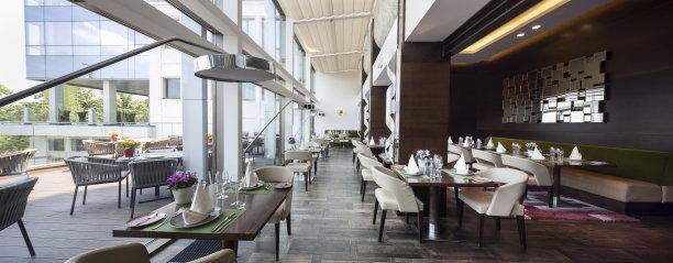 现代风格室内餐厅