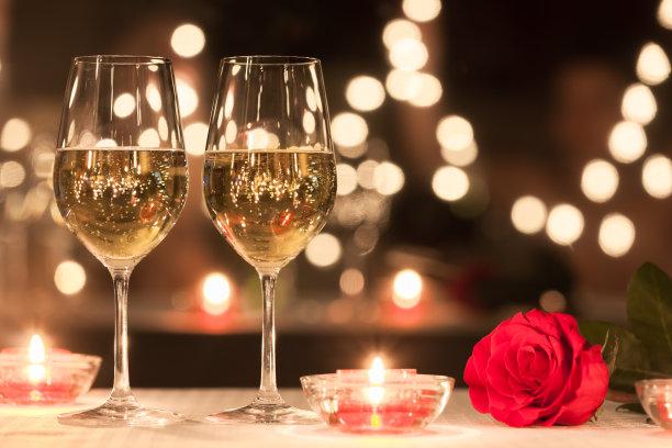 浪漫的烛光晚餐