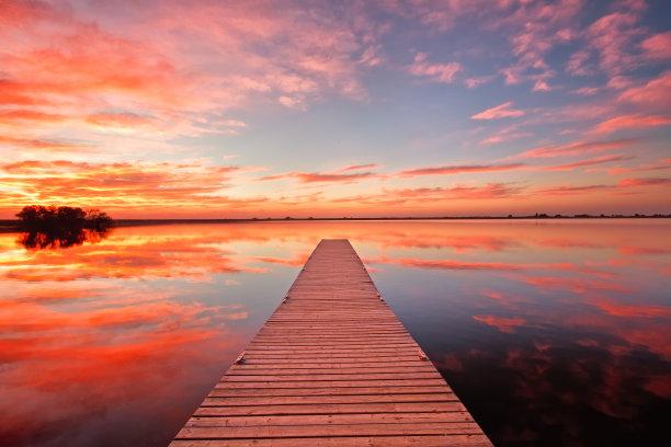 黎明,栈桥码头,水