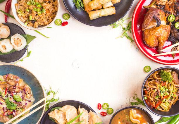 中国食品白色背景春卷