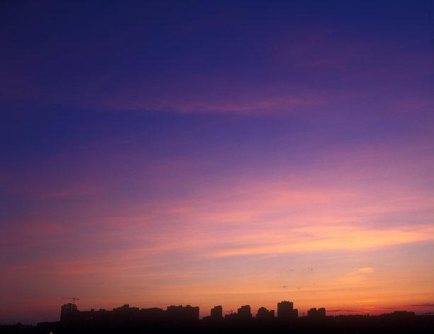 紫色反差黄昏