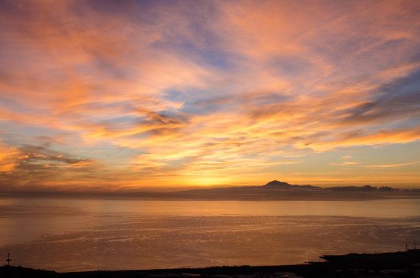 黎明海洋背景