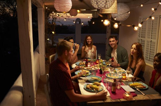 家庭宴会晚餐