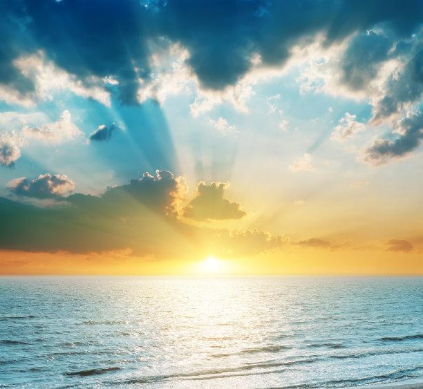 海洋明亮蓝色