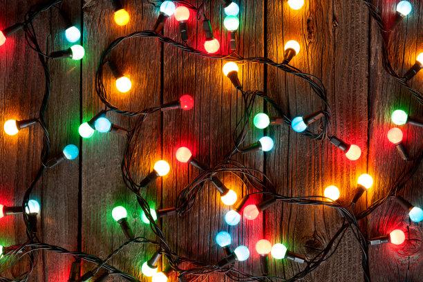 多色的圣诞小彩灯照明设备
