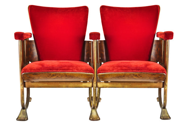 椅子两个物体白色