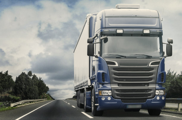 货运拖车货车运输
