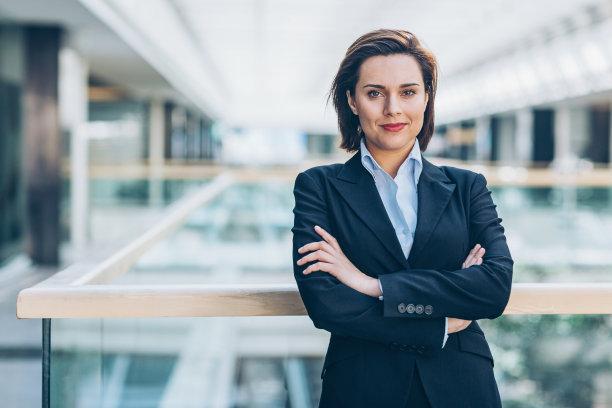 商务女性领导能力