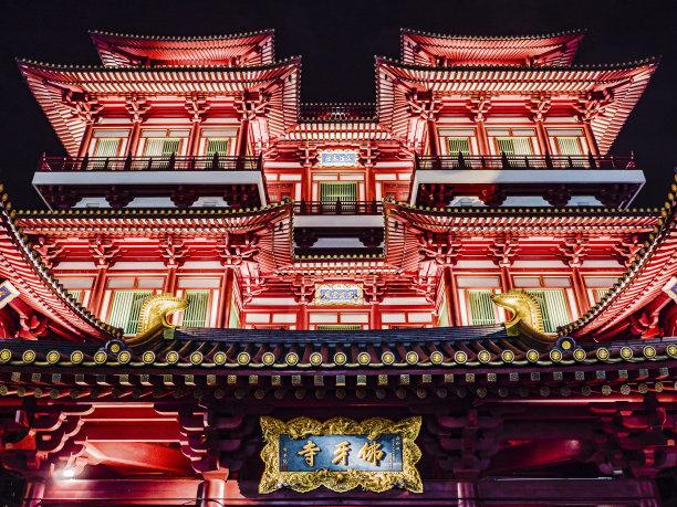 新加坡市夜晚寺庙