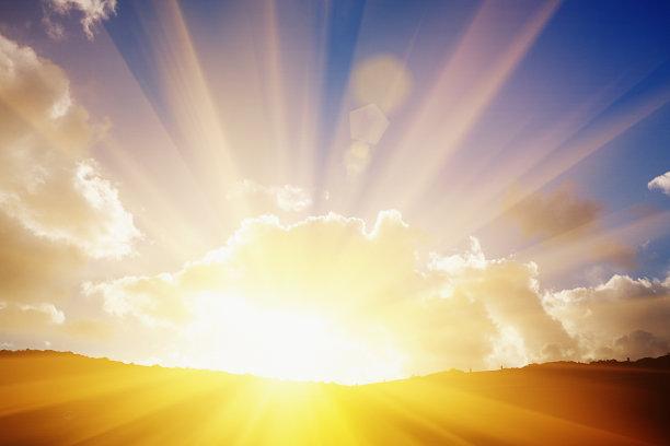 阳光光束太阳云