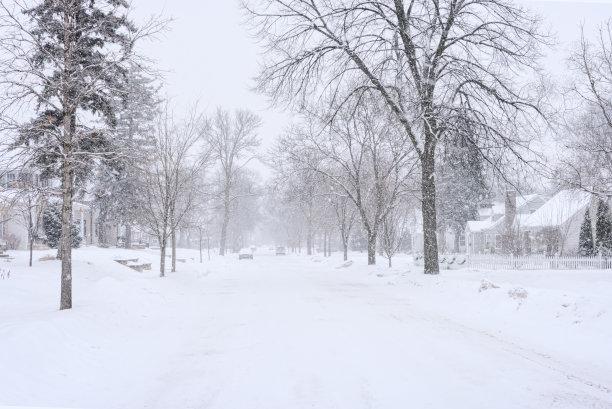 大风雪居住区冬天