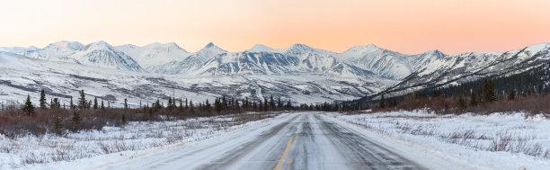 阿拉斯加公路冬天