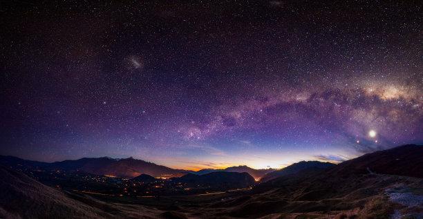 银河系自然荒野区夜晚