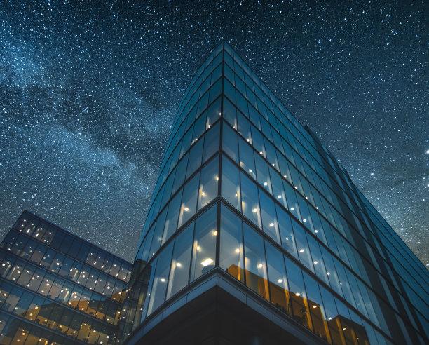 办公大楼夜空