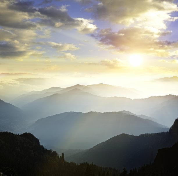山脉背景山