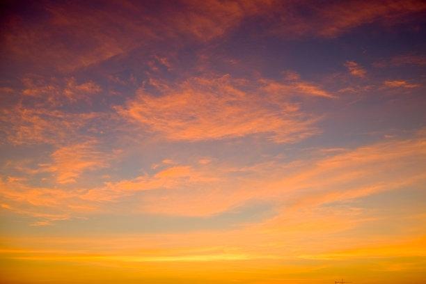 天空,遮护的手势,仅天空