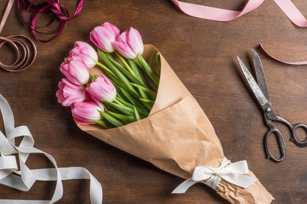 郁金香花束粉色
